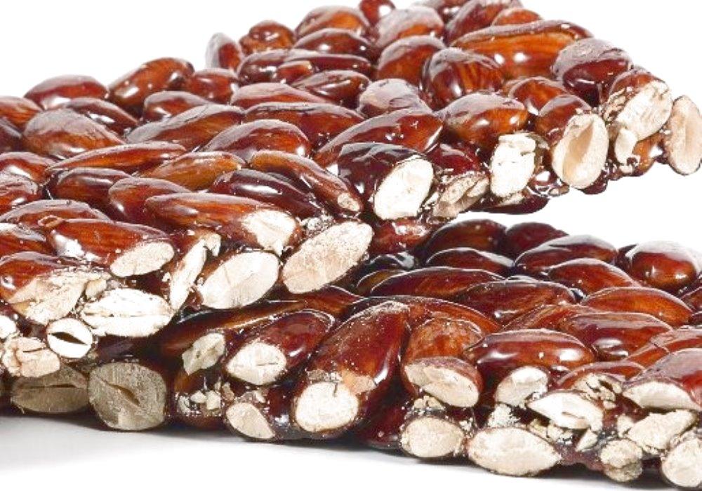 RIMEDIO NATURALE CONTRO IL COLESTEROLO Mandorle e benessere naturale contro il colesterolo